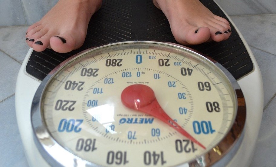 scale 2396062 1280 - Using ENU for Weight Management